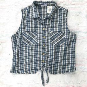90's plaid sleeveless button down top